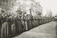 Пенза смотр ЧОН перед Губернаторским домом. 1923-24гг.jpg