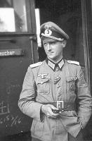 CN-officier remen chernii (3).jpg