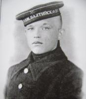 В.Л. Григуцкий, 1940г, о. Медэн (Ханко).JPG