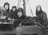 Экипаж катера Героя Советского Союза гвардии капитана 3-го ранга Гуманенко.jpg
