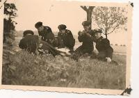 panzermen making plans 10001.jpg