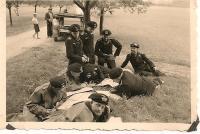 panzermen making plans 20001.jpg