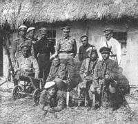 Группа партизан-алексеевцев 23 июня 1918 года.jpg