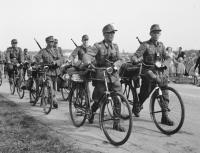 jan_de_jong_anefo_het_gooi_mei_1945.jpeg