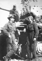 красноармеец в походной форме, авто-бронетанковые войска 1941-1945г.г..jpg