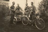 ORIGINAL-GERMAN-WW2-PHOTOGRAPH-soldier-bicycle-with-supplies.jpg