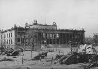 Berlin_Museum_1945.jpg