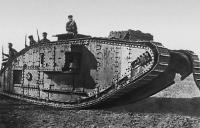 Английский танк, подбитый советской артиллерией под Каховкой. 1920..jpg